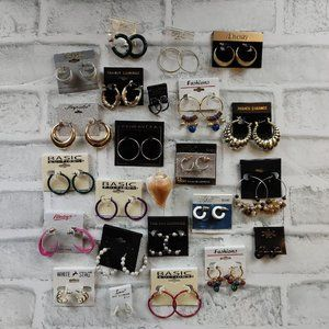 NEW 22 pairs of hoop earrings lot